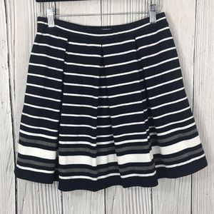 Max Studio Navy Striped Pleated Skirt w/ Pockets